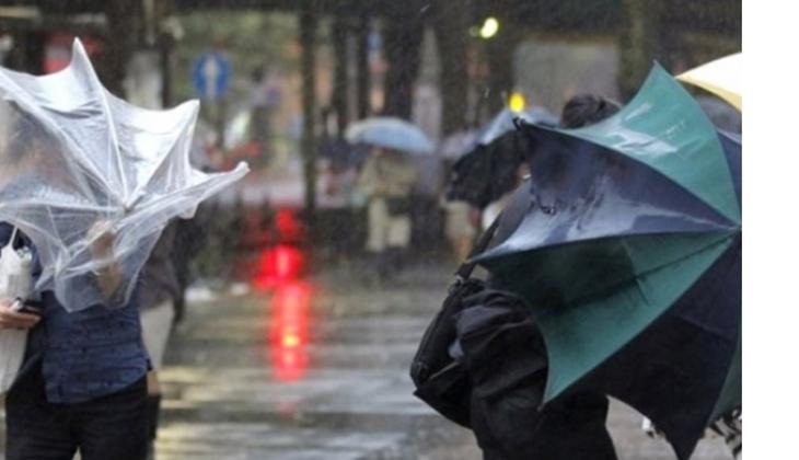Meteoroloji'den ülkenin kuzey ve batı bölgeleri için kuvvetli rüzgar uyarısı