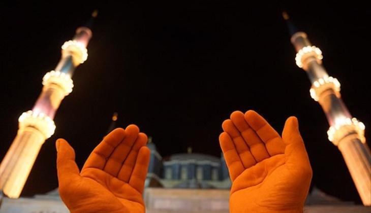 Üç aylar ne zaman başlıyor? Diyanet 2021 dini günler takvimi ve kandil tarihleri yayınlandı!
