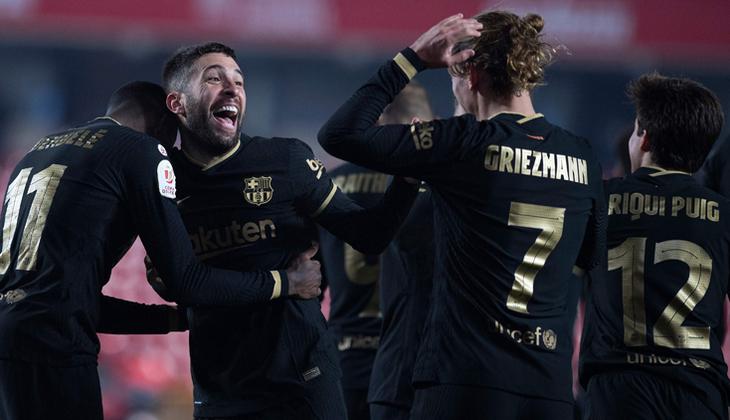 8 gollü müthiş maçta Barcelona, Granada'yı eleyerek Kral Kupası'nda yarı finale kaldı