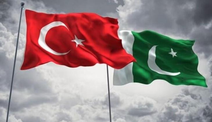Pakistan'dan şehit edilen 13 Türk vatandaşı için başsağlığı