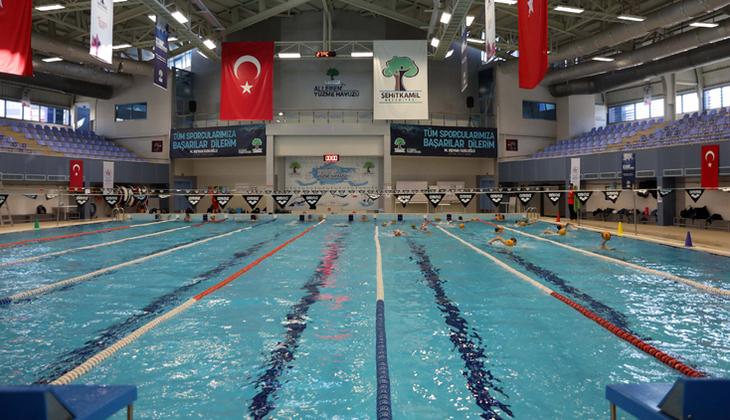 Denize kıyısı olmayan Gaziantep'te 36 milli yüzücü bulunuyor