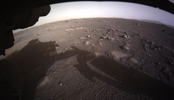 NASA, Perseverance'tan gelen Mars'ın yakın çekim fotoğraflarını yayımladı