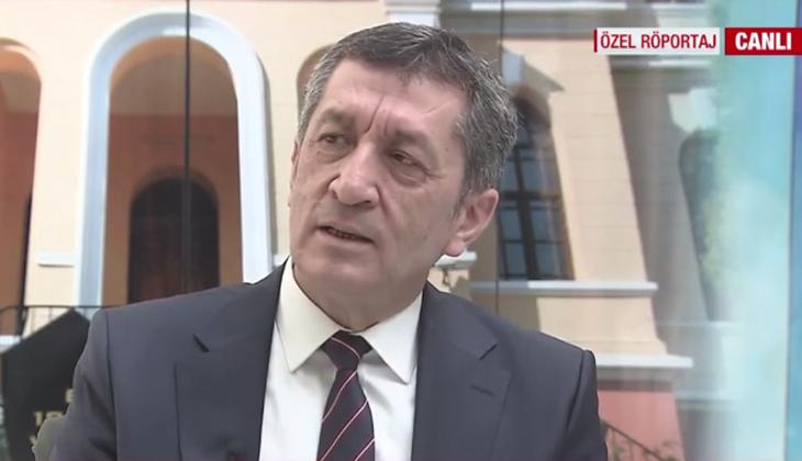 Sosyal medyadaki 'Sınavlar ertelensin' talebine ilişkin Bakan Selçuk'tan açıklama