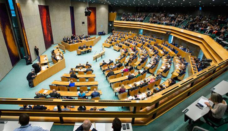 Hollanda Meclisi hükümetin 1915 olaylarını 'Ermeni Soykırımı' olarak kabul etmesini istedi, Türkiye'den cevap gecikmedi!