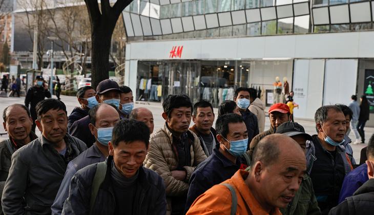 Dev şirketlerle Çin'in Uygur Türkleri kavgası büyüyor! Mağazalar tek tek kapanmaya başladı