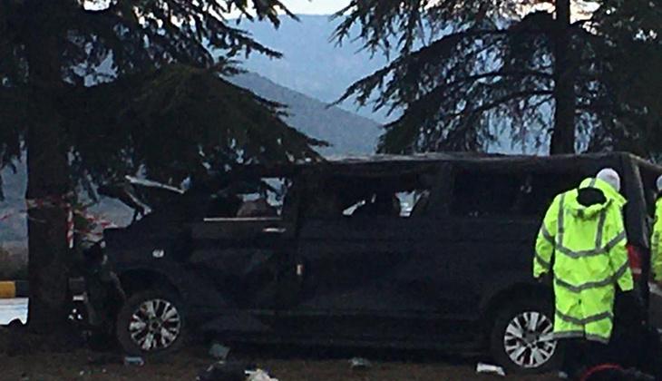 Isparta'da feci kaza: 3 ölü, 8 yaralı