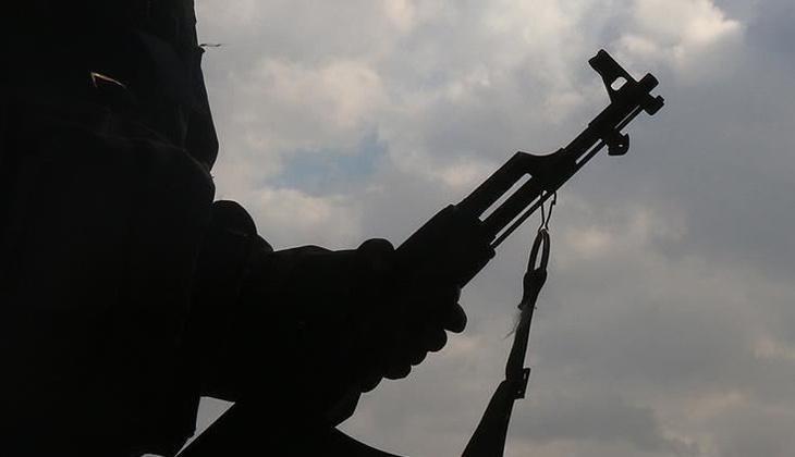 Son dakika: PKK'da çözülme devam ediyor! 3 terörist teslim oldu