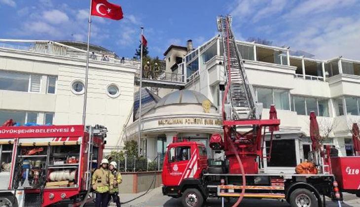 Baltalimanı Polis Evi'nin çatısında yangın!