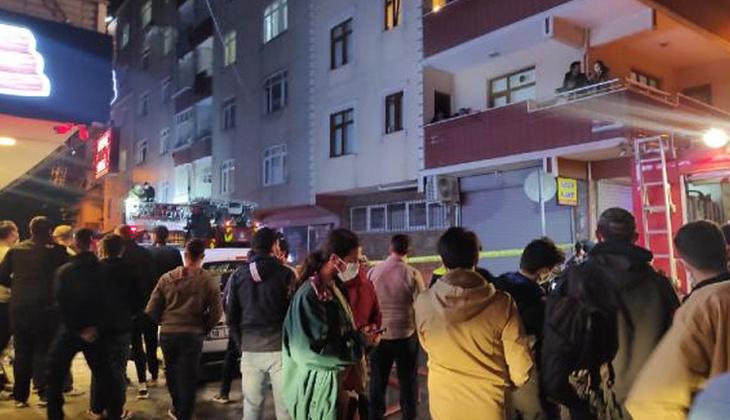 Bağcılar'da yangın paniği! Mahalleli sokağa döküldü