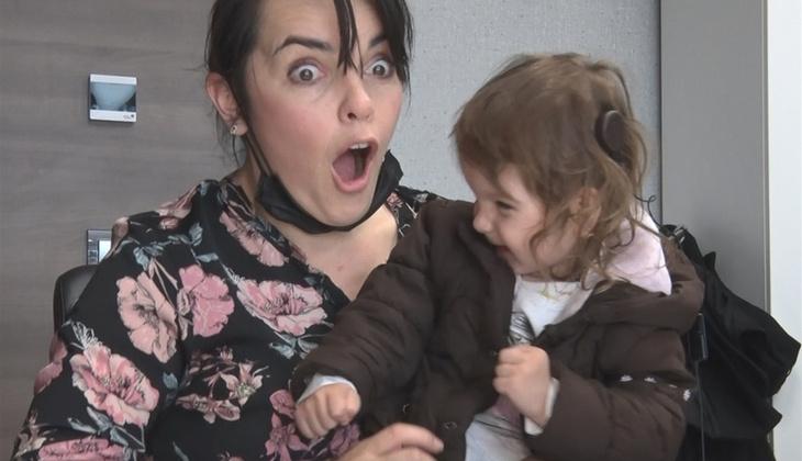 Bosnalı Majra annesinin sesini ilk kez Türkiye'de duydu! İşte herkesi ağlatan o an