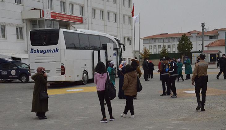 Yolcu otobüsünde büyük panik! Yolcunun koronavirüs testi pozitif çıkınca 16 kişi karantinaya alındı