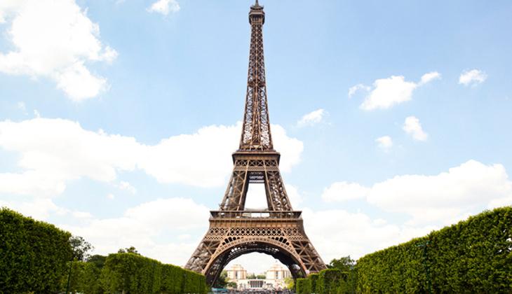 Eyfel Kulesi'nin ilginç hikayesi: Geçici olarak yapılmıştı