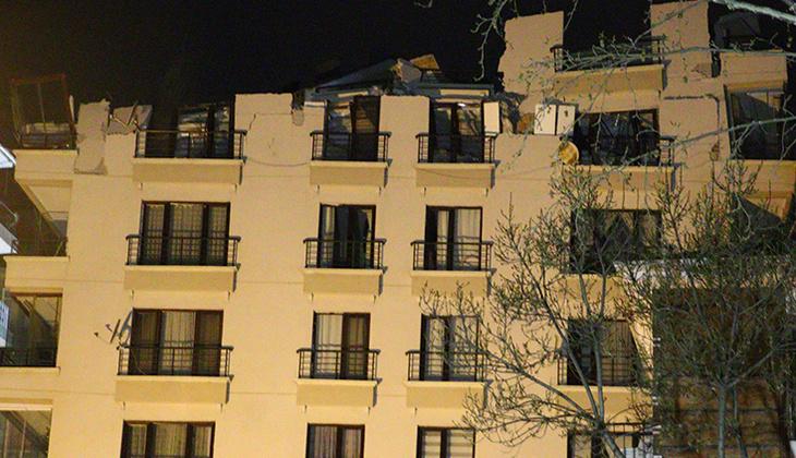 Ankara'daki Açelya Apartmanı'nın çatısı çöktü