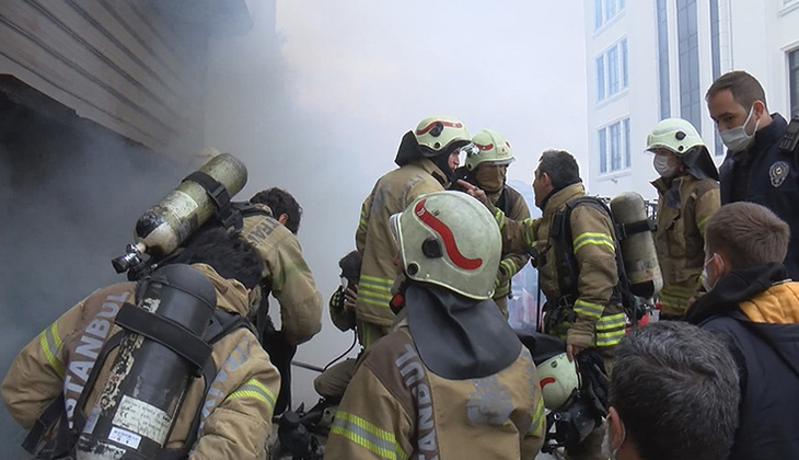 Son dakika: Arnavutköy'de yangın! 3 kişi yaşamını yitirdi