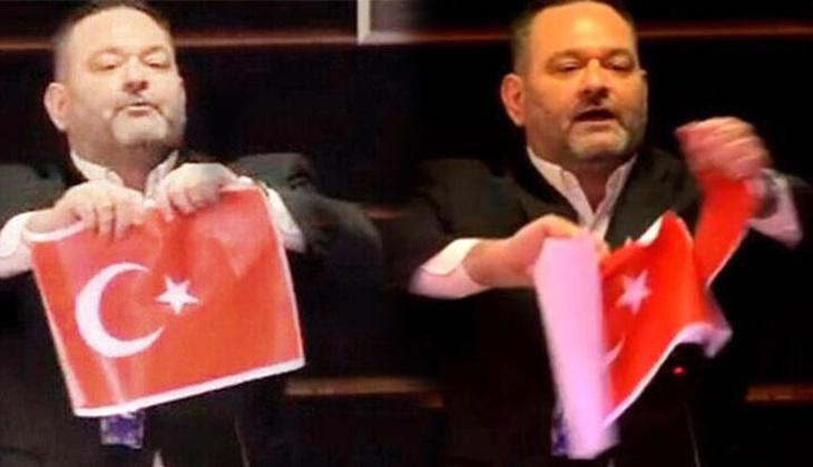 Türk bayrağı yırtan ırkçı milletvekiline Avrupa Parlamentosu'ndan ders gibi ceza: Dokunulmazlığı kaldırıldı!