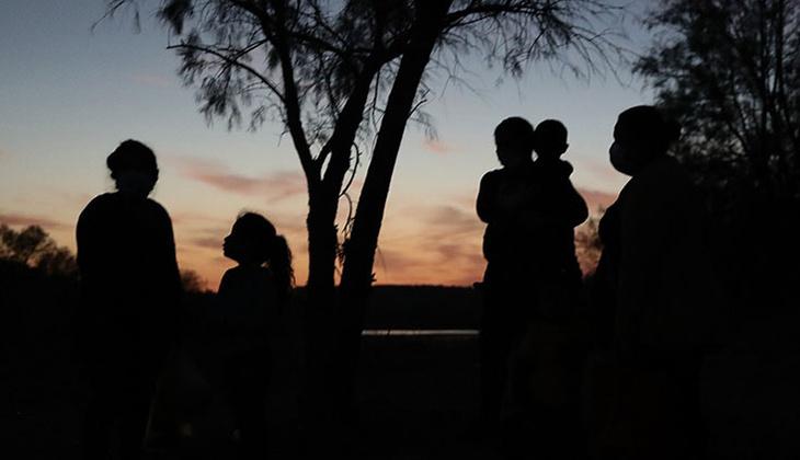 Orta Amerika ülkelerinden ABD'ye gitmek için yola çıkan 2 bin göçmenin Meksika'da kayboldu