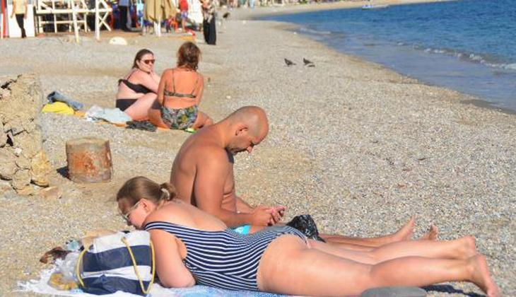Bodrum sahilleri turistlere kaldı! Akın ettiler