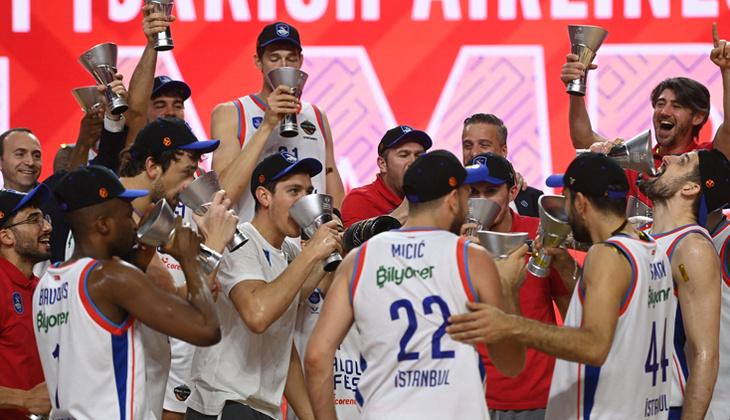 Spor federasyonları ve kulüpler, THY Avrupa Ligi şampiyonu Anadolu Efes'i kutladı