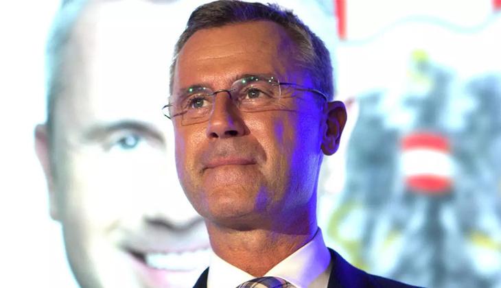 Avusturya'da aşırı sağcı Özgürlük Partisinin lideri Hofer istifa etti