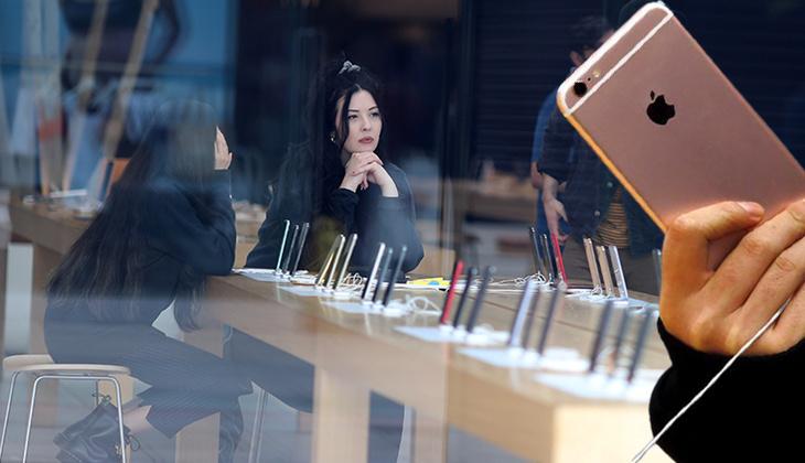 Apple milyonlarca dolar tazminat ödedi... Müstehcen fotoğrafları sızdırılan kadın yıllar sonra şirketle anlaştı