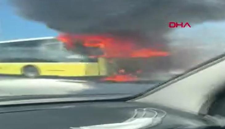 Son dakika: Bayrampaşa'da İETT otobüsü alev alev yandı!