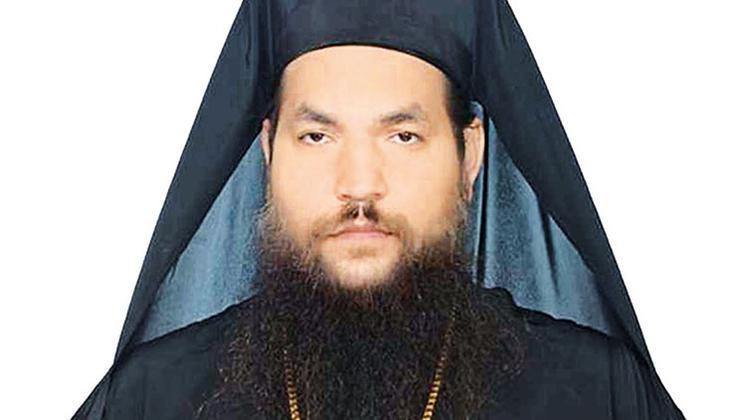 Papazdan piskoposlara kezzaplı saldırı