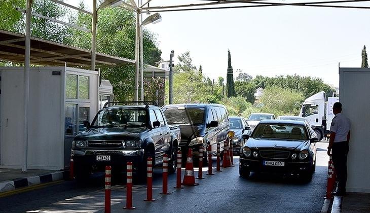 KKTC ile Rum kesimi arasındaki geçişler artan Kovid-19 vakaları nedeniyle 'kırmızı seviye'ye çıkarıldı