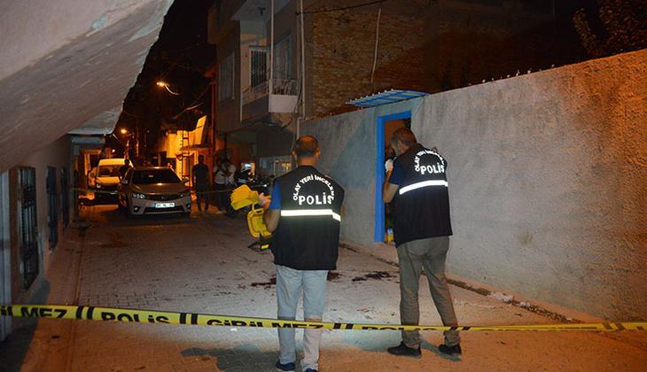 Adana'da olaylı gece! Sokak ortasında kan döküldü