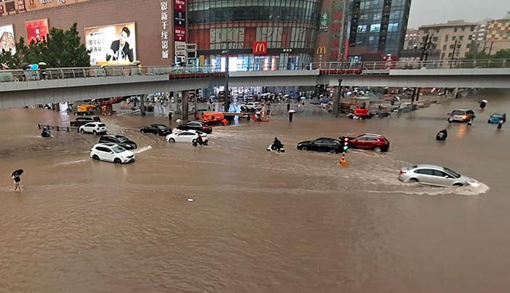 Çin'de sel felaketi! Can kayıpları var