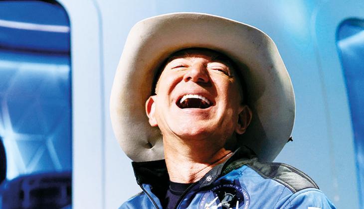 Uzaya çıkan Bezos'a tepki: Amazon çalışanları zar zor geçiniyor