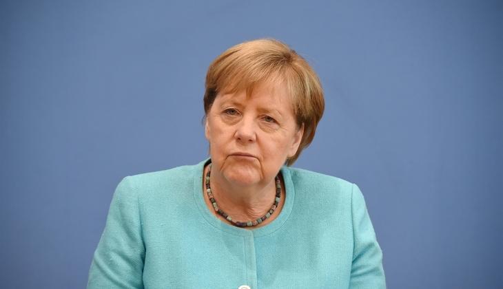 Merkel'den Türkiye açıklaması: Çok iyi ilişkiler olması için çaba sarf ediyorum