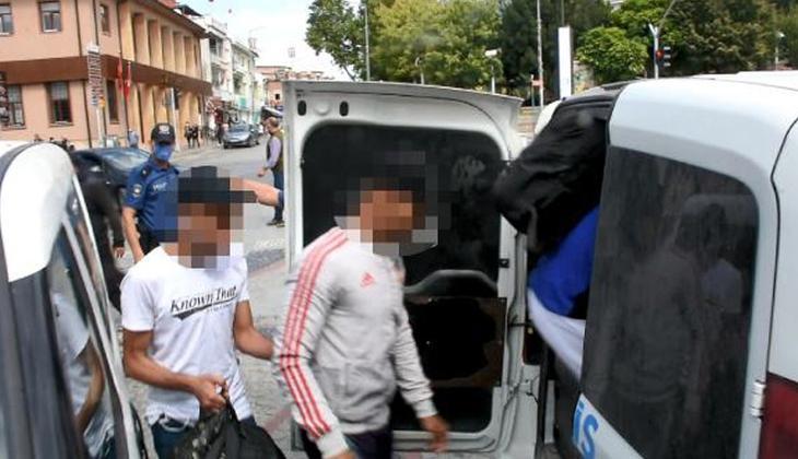 Sokak ortasında iğrenç olay! 4 kişiye cinsel tacizden gözaltı