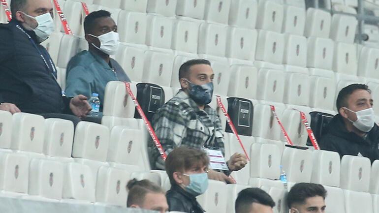 Beşiktaş-Konyaspor maçındaki kırmızı kart sonrası sosyal medya yıkıldı NSakalaya tepki ve 7 senelik detay...