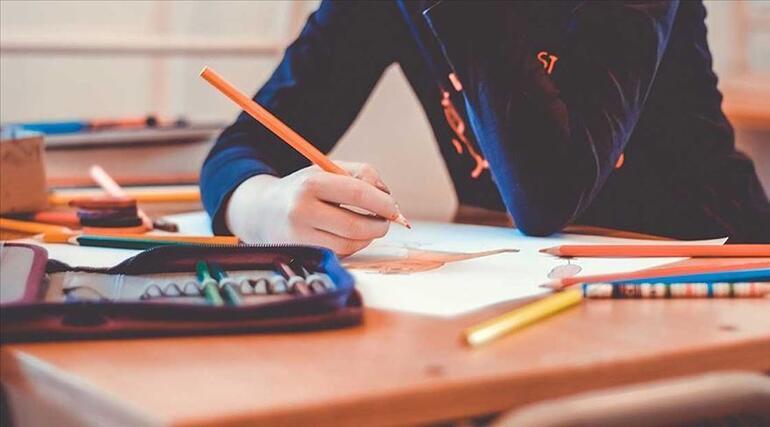 Liseler ne zaman açılacak, sınavlar yapılacak mı MEB duyurdu İşte 12. sınıflarda yüz yüze eğitim takvimi