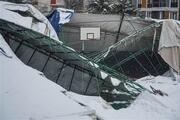 Eyüpsultanda çöken spor salonunda oluşan hasar, gün aydınlanınca ortaya çıktı