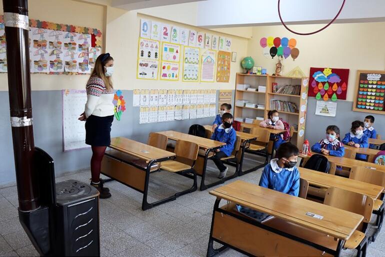 Okulların yüz yüze açılış tarihi hakkında açıklamalar: Okullar ne zaman açılacak