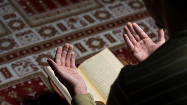 Regaib Kandili'nde oruca nasıl niyet edilir İşte Diyanet bilgisi ile oruca niyet etmenin önemi