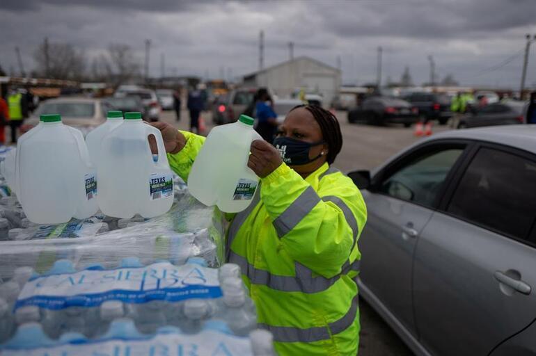 Teksasta kar yıkımı bitmiyor... Soğuktan ölüme 100 milyon dolarlık ilk ihmal davası