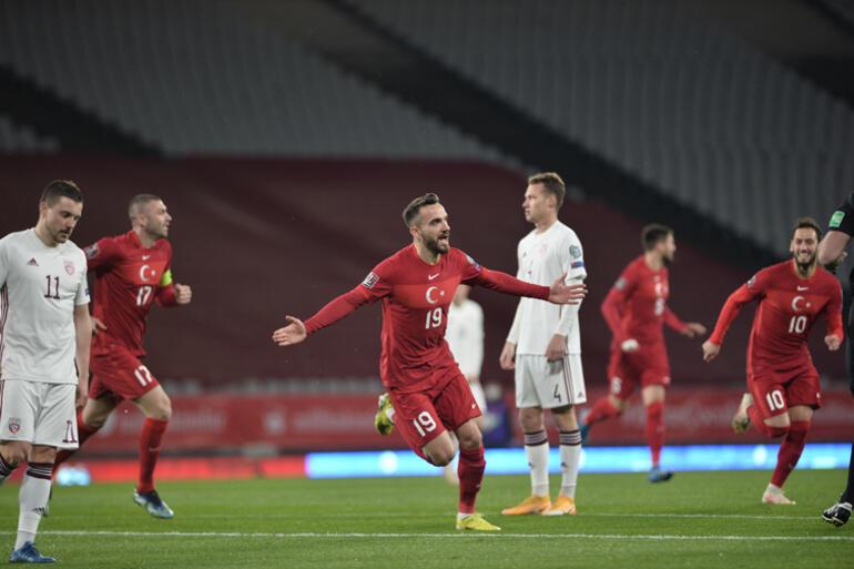 Türkiye - Letonya maçında Milli Takımdan dikkat çeken performans Önce Burak, sonra Ozan, şimdi de Kenan...