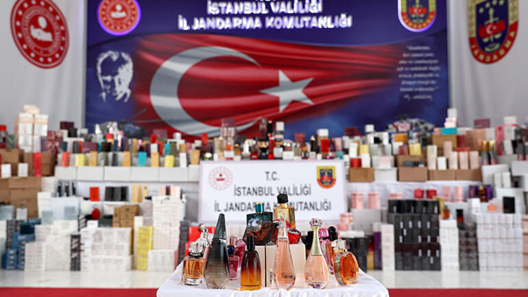 İstanbulda sahte parfüm operasyonu 20 bin şişe ele geçirildi
