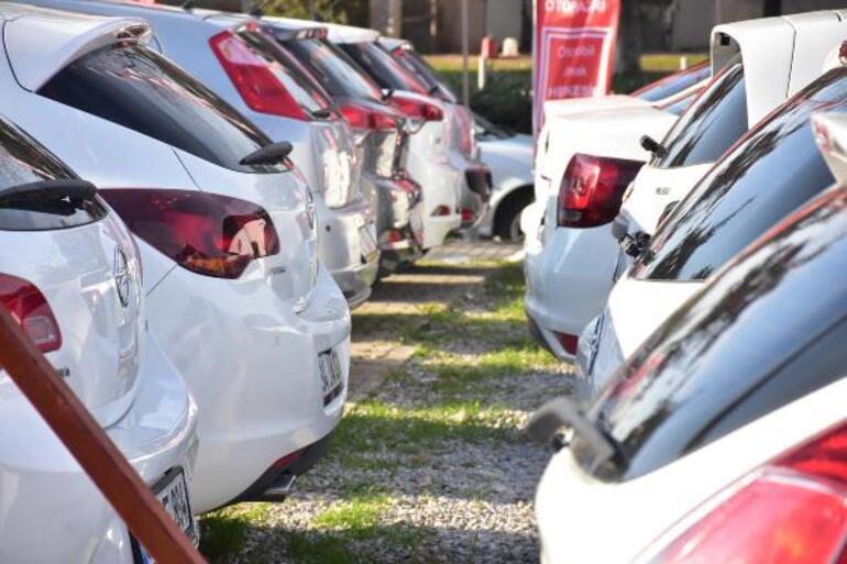 İkinci el araç piyasası canlanmaya başladı