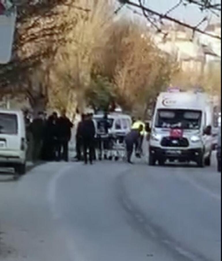Konyada feci kaza 3 kişi hayatını kaybetti, 1 ağır yaralı