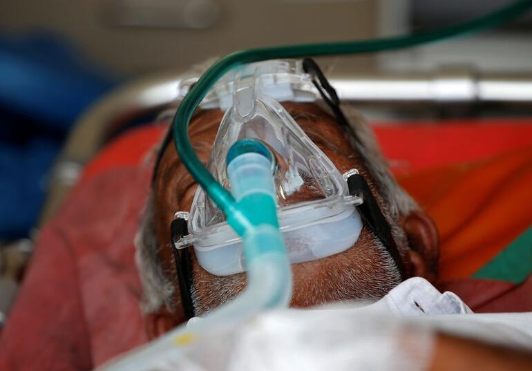 Hindistanda günlük Kovid-19 vaka sayısı son 5 gündür dünya genelinde en üst seviyede
