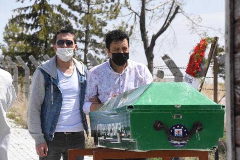Genç doktor <strong>Süleyman Törehan Tarık</strong>tan acı haber Koronavirüse yakalanıp atlatmıştı