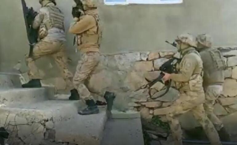 <strong>Van</strong>da <strong>terör operasyonu</strong> 1i muhtar 5 kişiye gözaltı