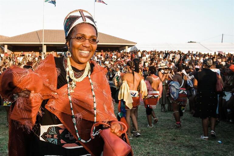 Tahta bir ay önce oturmuştu... Zulu Kraliçesi hayatını kaybetti