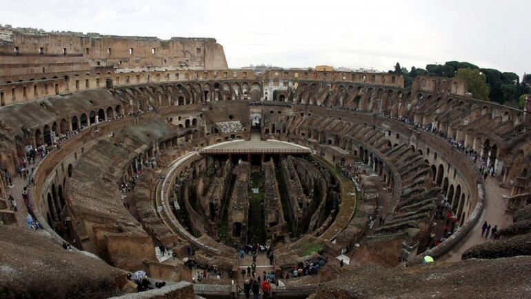 Kolezyum: İtalya hükümeti yeni ahşap zemini onayladı