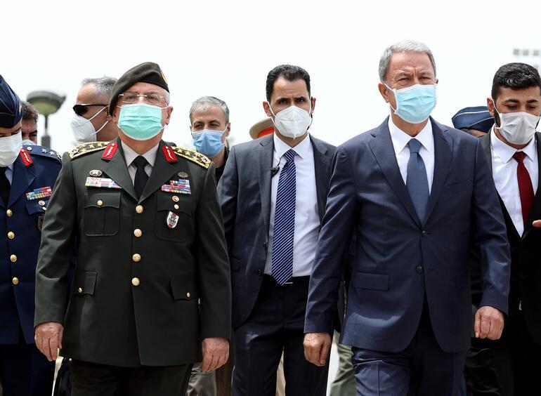 Son dakika... Bakan Akar, Libyadaki askerlere seslendi: Bütün mağaralara, inlere girildi