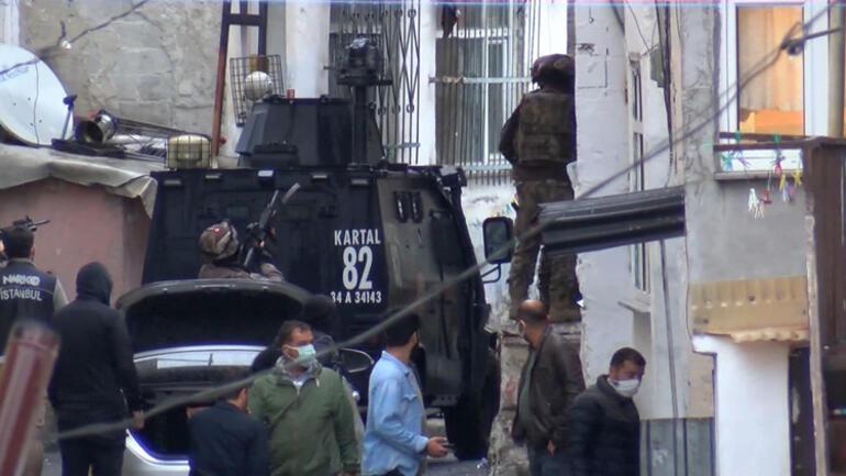 Beyoğlunda 30 adrese uyuşturucu operasyonu
