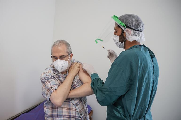 Son dakika: Sağlık Bakanı Fahrettin Kocadan aşı açıklaması: Bu güce güvenin...